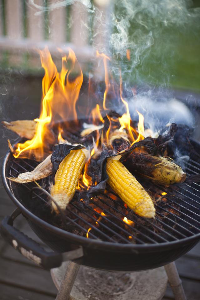 Easy BBQ Corn On The Cob! | DonalSkehan.com, Delicious BBQ recipe!