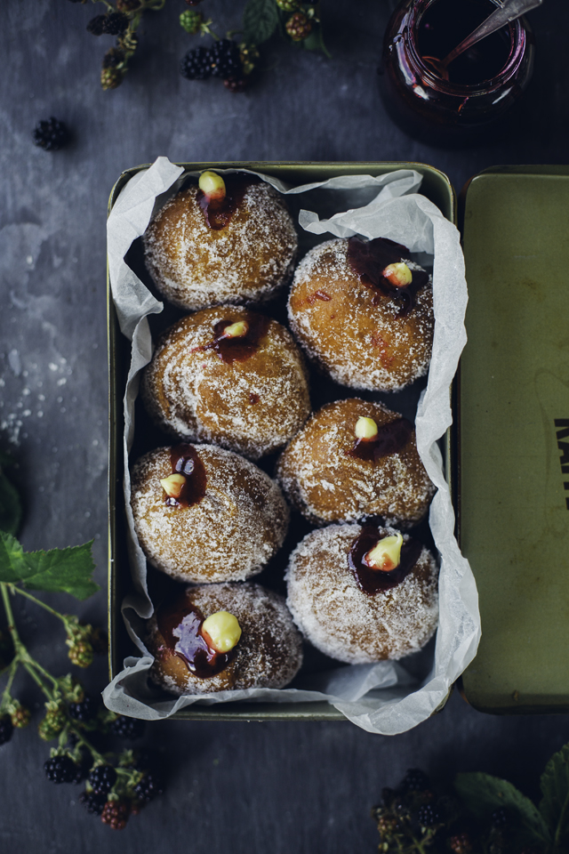 Blackberry Custard Doughnuts_4