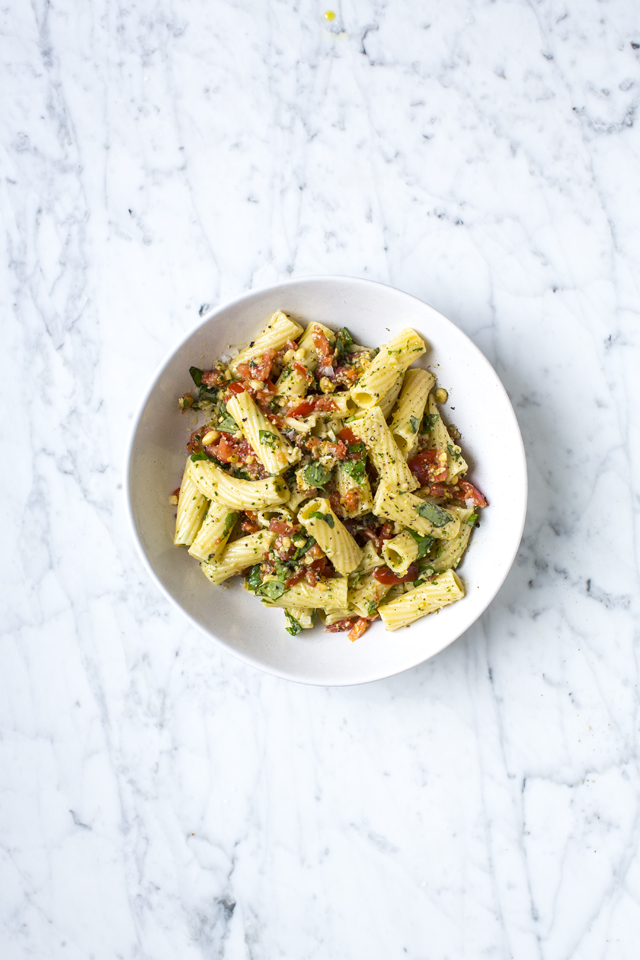 CHOPPING BOARD TOMATO & BASIL PESTO WITH PASTA | DonalSkehan.com, Brilliant midweek dinner