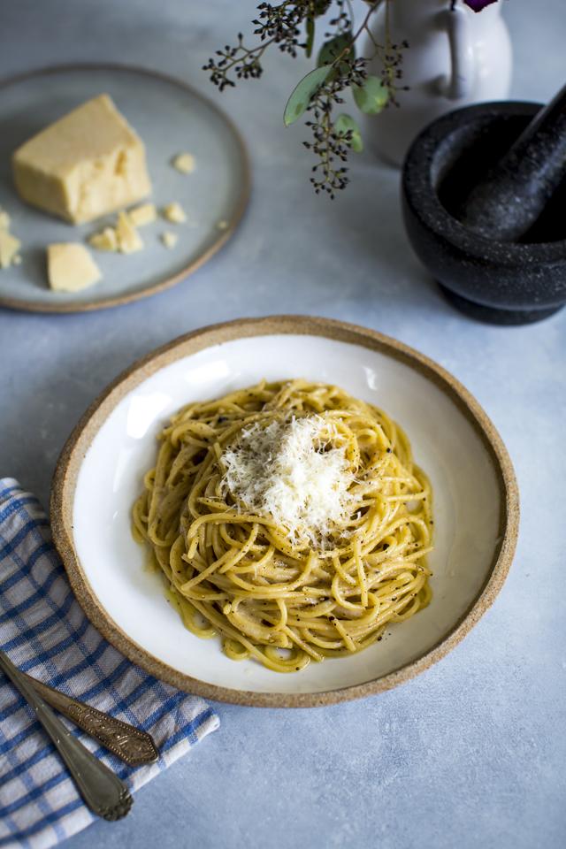 Cacio E Pepe | DonalSkehan.com, 5 Ingredient Pasta Supper!