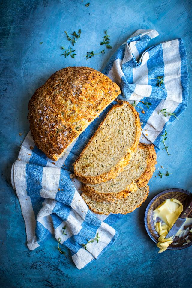 Cheddar & Thyme Soda Bread | DonalSkehan.com