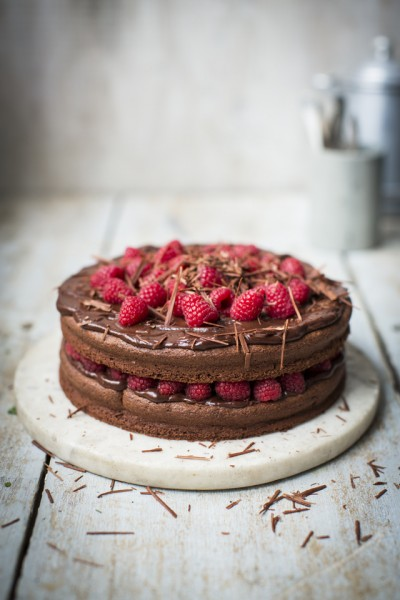 CHOCOLATE AND RASPBERRY DEVIL CAKE