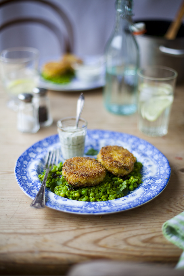 Fish Cakes Minty Peas_5