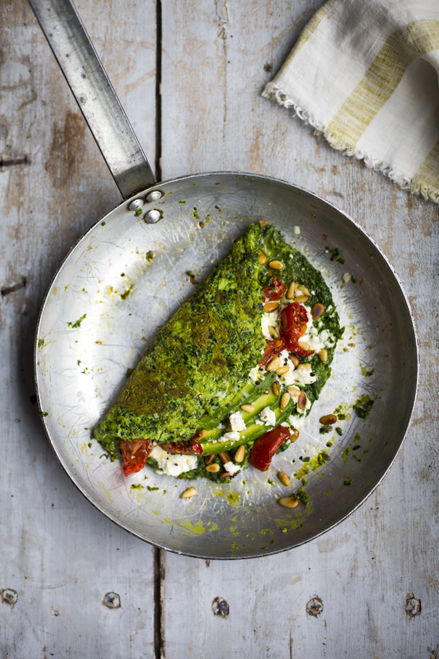 Super Green Omelette | DonalSkehan.com, Your usual omelette gets a vitamin boost with spinach and handfuls of herbs.