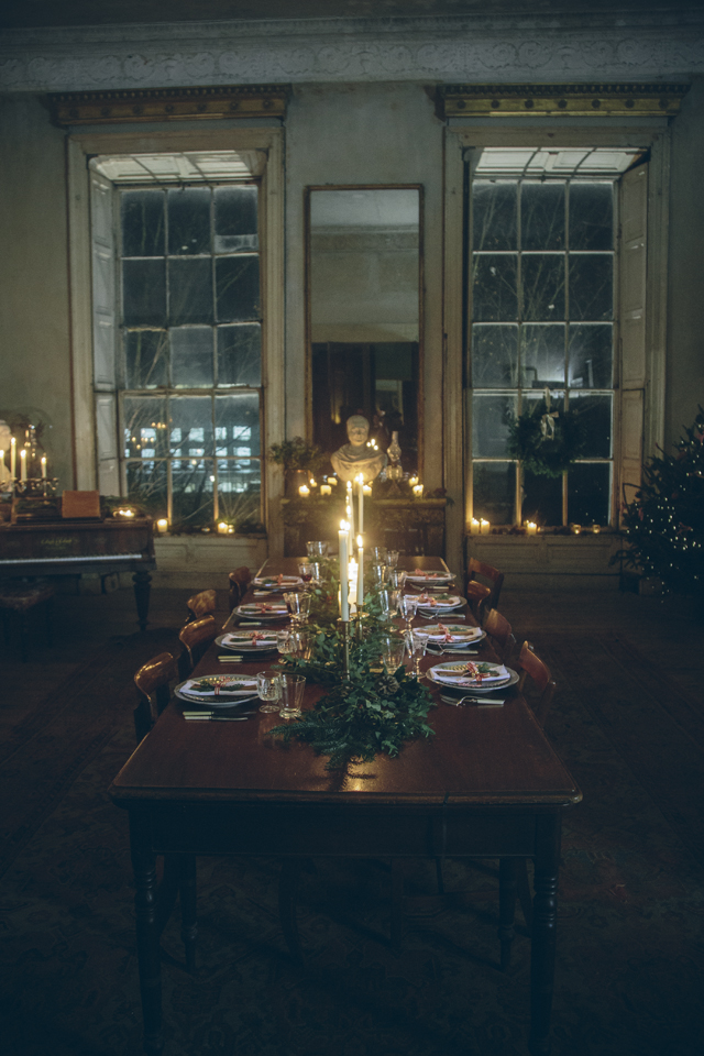 Setting the Christmas Table | DonalSkehan.com
