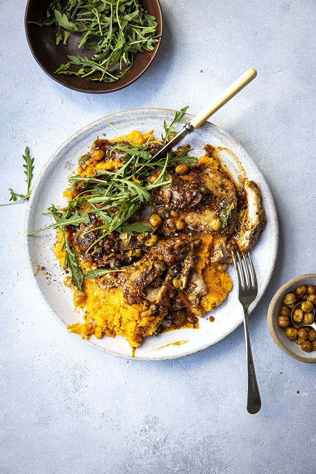 Honey & Mustard Chicken Salad Bowl With Sweet Potato Mash, Rocket & Crispy Chickpeas | DonalSkehan.com