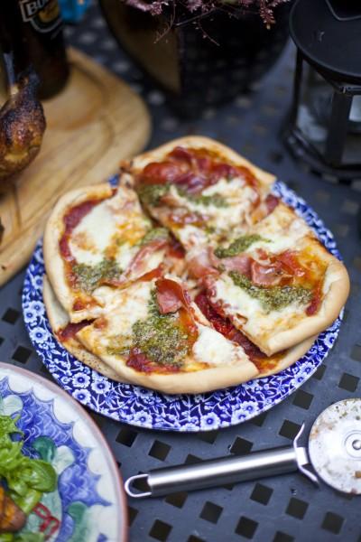 Thin-Crust Barbecue Pizza