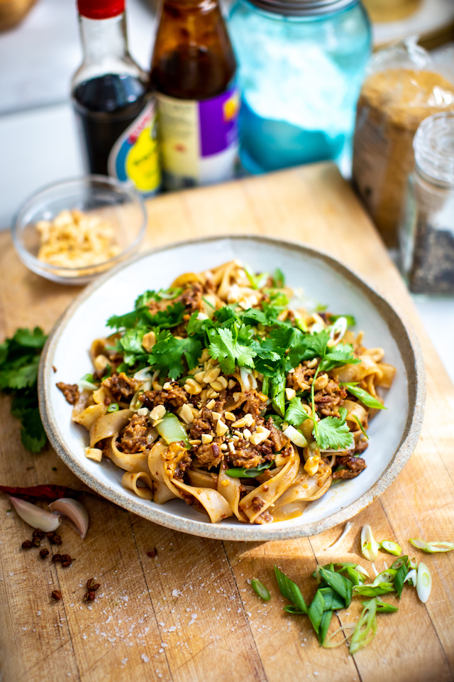 Szechuan Spiced Late Night Noodles | DonalSkehan.com