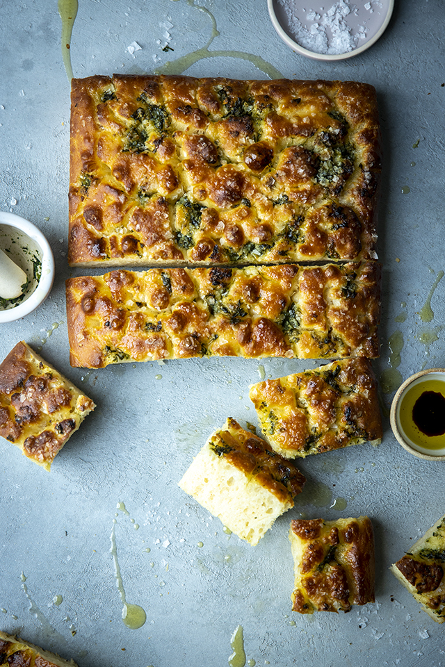 Garlic & Basil No-Knead Focaccia | DonalSkehan.com