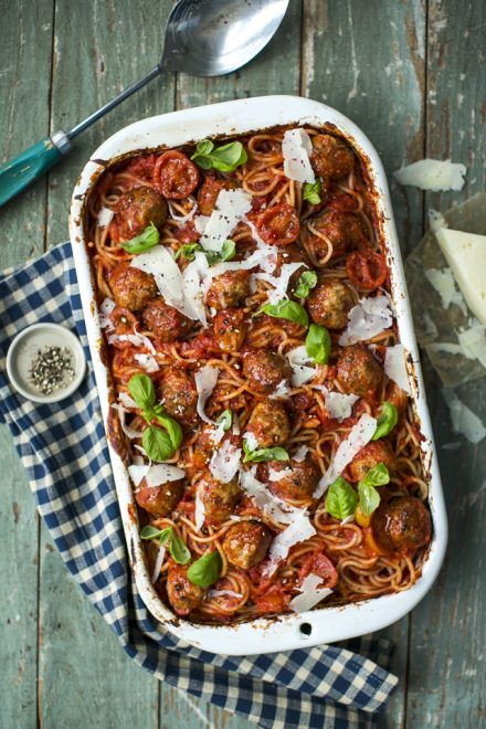 Fennel Sausage Meatball Pasta Bake | DonalSkehan.com, A pasta bake the whole family will love!