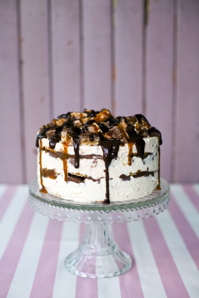 Snickers Ice-Cream Cake