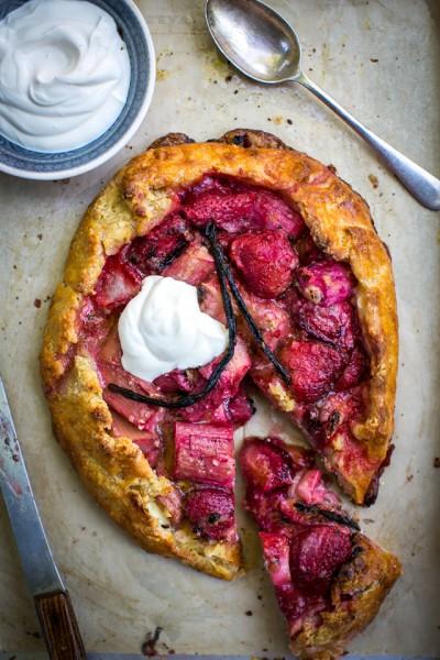 Rhubarb, Strawberry & Vanilla Ricotta Tart