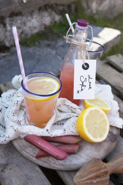 Sofie's Rhubarb & Lemon Cordial