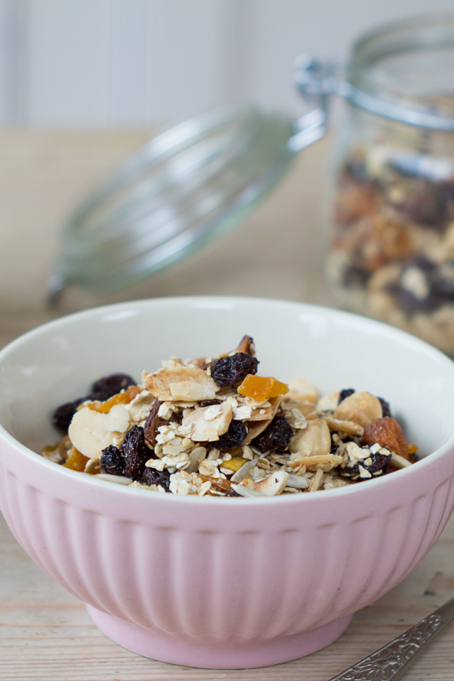 Breakfast Granola | DonalSkehan.com, Brilliant make ahead breakfast option!