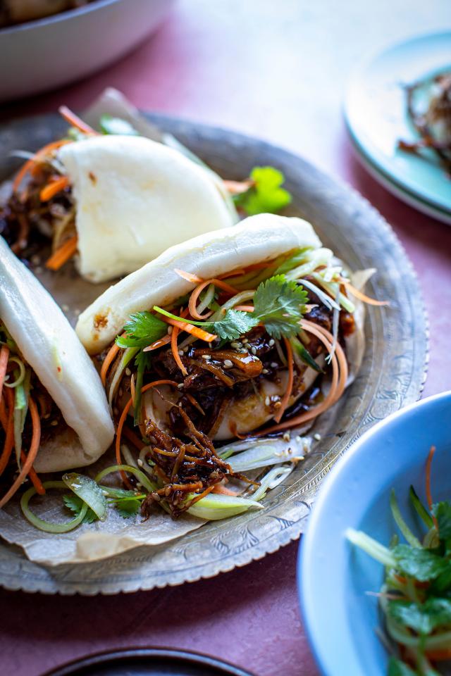 Crispy Turkey Bao Buns with Hoisin & Sesame Pickled Vegetables | DonalSkehan.com